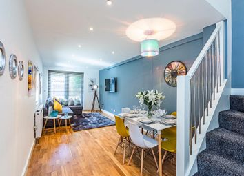 2 bed maisonette to rent in Stoneleigh Place, Notting Hill, London W11