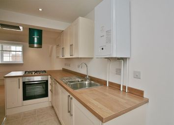 Thumbnail 1 bed flat to rent in West St. Helen Street, Abingdon