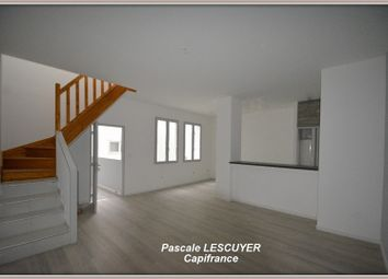 Thumbnail 2 bed apartment for sale in Midi-Pyrénées, Tarn-Et-Garonne, Moissac