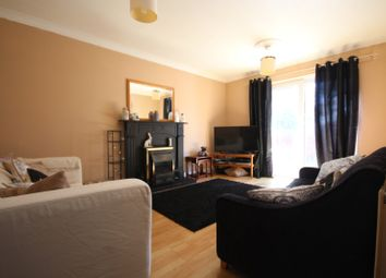 Thumbnail 3 bed property to rent in Fleetway, Basildon
