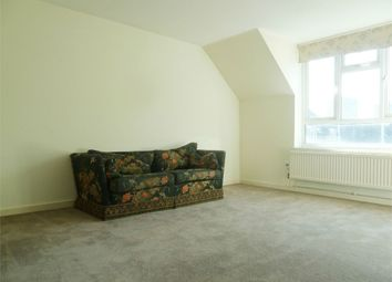 Thumbnail 1 bed flat to rent in Fawcett Close, Clapham Junction, London