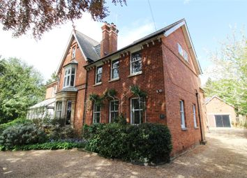 Thumbnail 2 bed flat for sale in Derby Road, Caversham, Reading