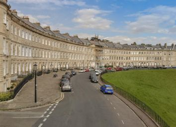 Thumbnail 4 bed flat to rent in Lansdown Place West, Bath