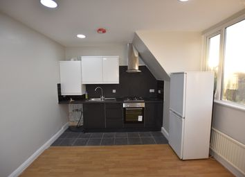 Thumbnail 1 bed flat to rent in Overbury Road, London