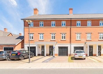 4 bed terraced house for sale in Barn Croft Drive, Lower Earley, Reading RG6