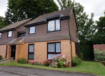 Thumbnail 1 bed flat for sale in Flemish Fields, Chertsey
