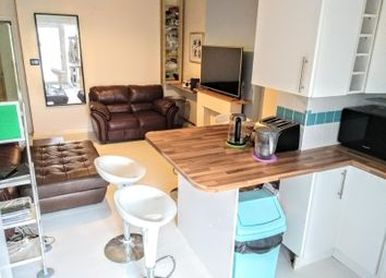 Thumbnail 2 bed flat to rent in 26 Sherwood Park Road, Sutton