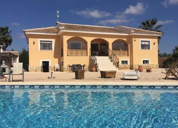 Thumbnail 6 bed detached house for sale in Catral, Valencia, Spain