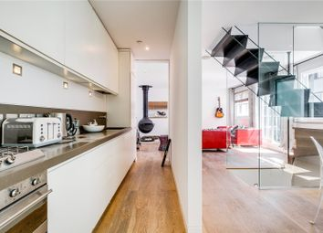 Thumbnail 4 bed mews house to rent in Alba Place, London