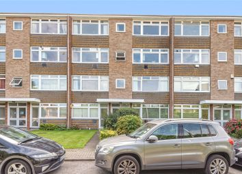 Bury Meadows, Rickmansworth, Hertfordshire WD3. 2 bed flat