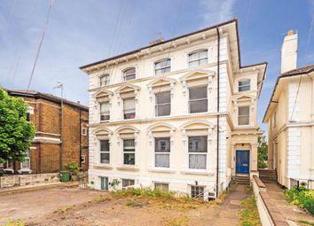 24 Upper Grosvenor Road, Tunbridge Wells TN1. 1 bed flat
