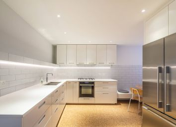 3 bed maisonette to rent in Queens Crescent, Camden, London NW54Ef NW5