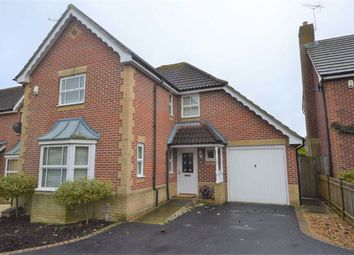 Snipe Close, Kennington, Ashford TN25. 4 bed detached house