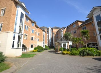 Thumbnail 2 bed flat to rent in Gas Works Road, Reading