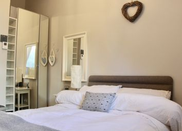 1 bed flat to rent in Logie Green Road, Edinburgh EH7