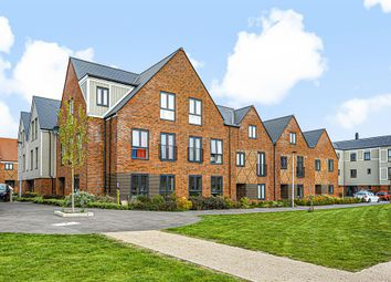 Shetland House, Dakota Drive, Chatham ME4. 2 bed flat for sale