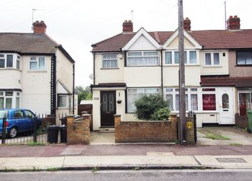 Thumbnail 3 bed terraced house for sale in Oval Road South, Essex