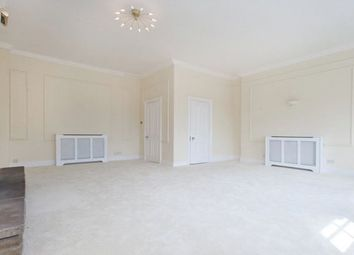 Thumbnail 4 bedroom flat to rent in Green Street, Mayfair