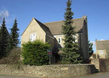 Thumbnail 3 bedroom detached house to rent in Hazeldene, Lechlade
