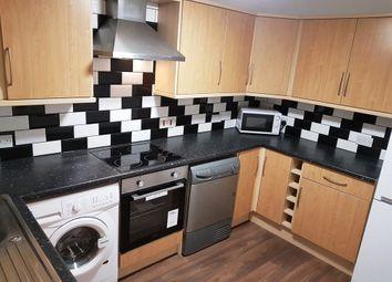 3 bed flat to rent in Bradford Road, Huddersfield HD1