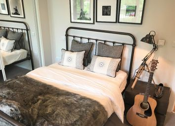 Thumbnail 2 bed flat for sale in 6 Murrain Road, Clissold Park, London