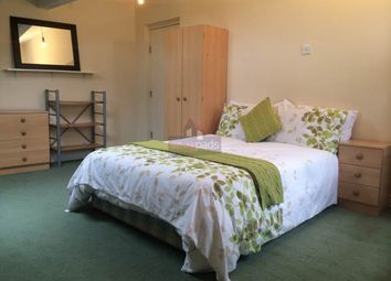 Thumbnail 2 bed flat to rent in Barrfield Road, Salford, Manchester