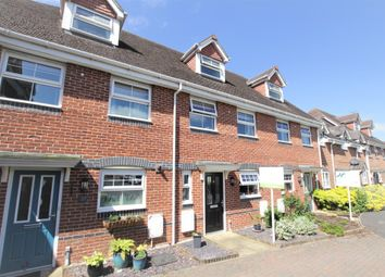Thumbnail 4 bed town house for sale in Rowlock Gardens, Thatcham