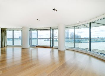 Thumbnail 3 bed flat to rent in New Providence Wharf, 1 Fairmont Avenue, London