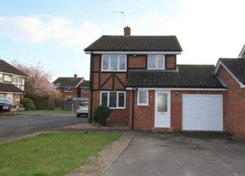 Thumbnail 4 bed detached house to rent in Ravenfield, Englefield Green, Egham