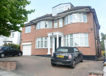 Thumbnail 5 bed detached house to rent in Fairholme Gardens, London