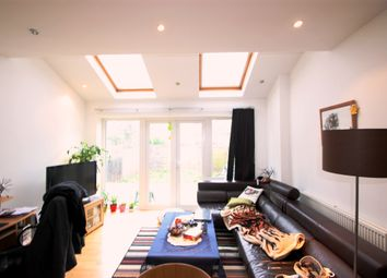 Thumbnail 1 bed flat to rent in Gleneldon Road, Streatham