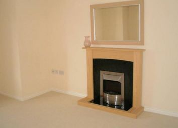 Thumbnail 2 bed flat to rent in Kingfisher Avenue, Gillingham