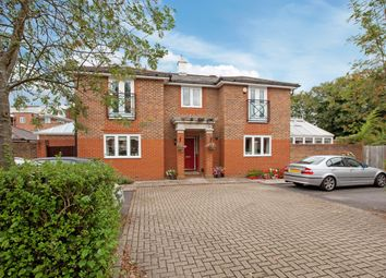 Thumbnail 4 bed detached house to rent in Chaucer Close, Windsor