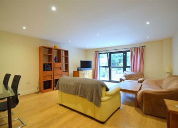 Thumbnail 4 bed terraced house to rent in Scott Avenue, Putney