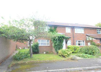 Thumbnail 1 bed maisonette to rent in Kesteven Way, Wokingham
