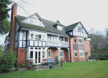 Thumbnail 3 bed flat to rent in Larch Avenue, Sunninghill, Ascot