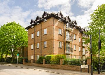 2 bed flat for sale in Coverdale Road, Brondesbury, London NW2
