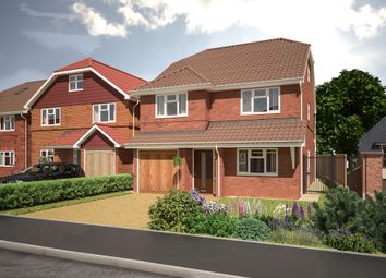 Thumbnail 5 bed detached house for sale in Felstead Way, Luton