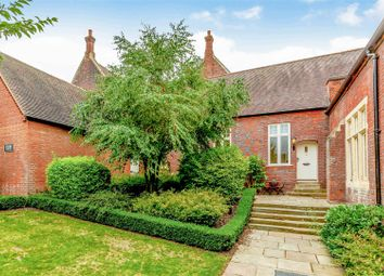 The Galleries, Warley, Brentwood CM14. 2 bed mews house for sale
