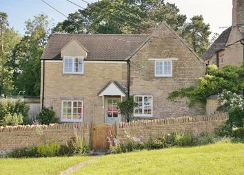 Thumbnail 2 bed cottage to rent in Park Street, Charlbury, Chipping Norton