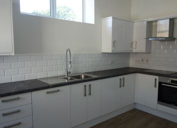 2 bed maisonette to rent in Southsea Road, Kingston Upon Thames KT1
