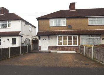 Thumbnail 2 bed property to rent in Briar Road, Watford