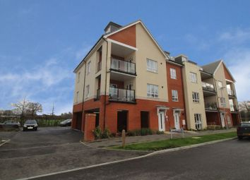 Thumbnail 2 bed flat for sale in Bedivere Road, Crawley