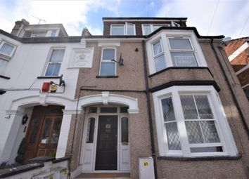 Thumbnail 2 bed flat to rent in Gladstone Road, Watford