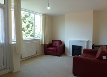 Thumbnail 3 bed maisonette to rent in Crondall Street, Hoxton