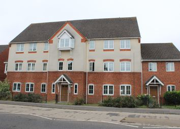 Thumbnail 2 bed flat for sale in Station Road, Thatcham