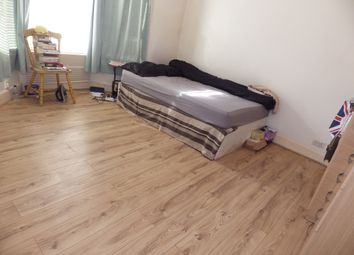 Thumbnail Room to rent in Stork Road, Stratford