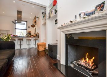 Thumbnail 1 bed flat to rent in Beresford Road, Islington