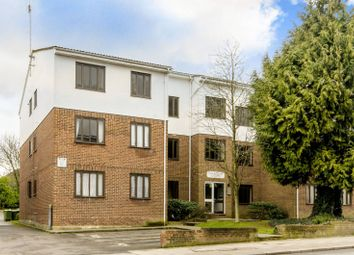 Thumbnail 1 bed flat to rent in Station Road, High Barnet