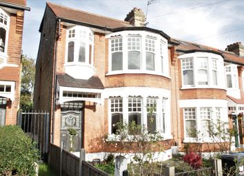 3 bed maisonette to rent in Crestbrook Avenue, London N13